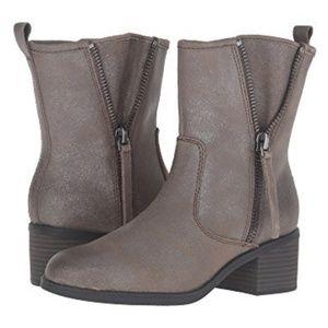 Clark's Nevella Devon Boot - Size 9.5